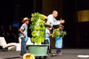 Stephen Ritz with Students and Tower Gardens at WOBI 2015
